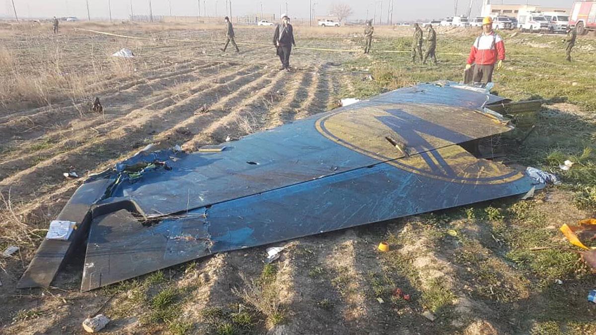 سقوط هواپیمای مسافربری بوئینگ 737 متعلق به خطوط هوایی اوکراین پس از پرواز از فرودگاه امام خمینی(ره)